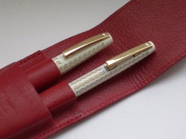 SHEAFFER LADY 918 SET WHITE WAVE 1970s