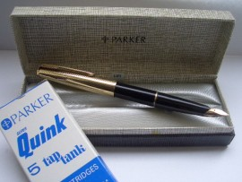 PARKER 65 CUSTOM 1960s BLACK Boxed.